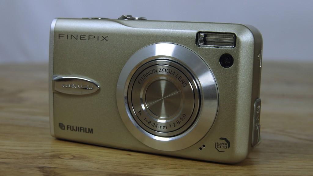 Fujifilm Finepix F30_corel